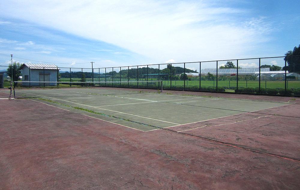 テニスコート 東郷運動広場